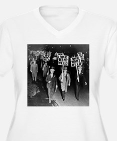 We Want Weed! Protest Plus Size T-Shirt