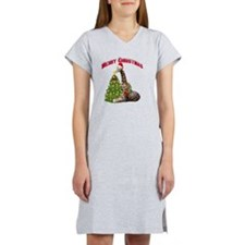 Christmas Giraffe Women's Nightshirt