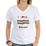I Love Bacon Women's V-Neck T-Shirt