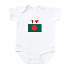 I love Bangladesh Flag Infant Bodysuit