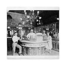 Paris Bar, 1895 Queen Duvet
