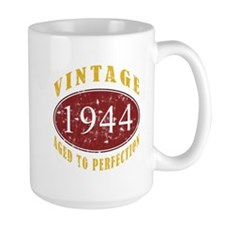 1944 Vintage (Red) Mug