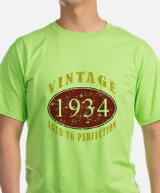 1934 Vintage (Red) T-Shirt
