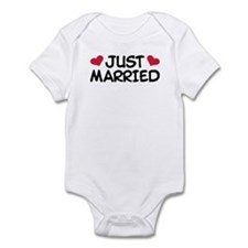 Just Married Wedding Infant Bodysuit