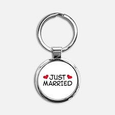 Just Married Wedding Round Keychain