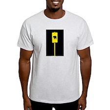 YELLOW BEAR CROSSING SIGN/BLK T-Shirt