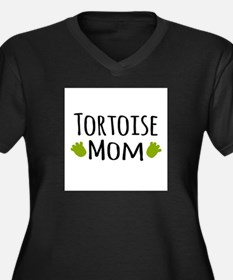 Tortoise Mom Plus Size T-Shirt
