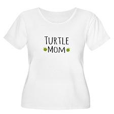 Turtle Mom Plus Size T-Shirt