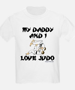 MY DADDDY AND I LOVE JUDO T-Shirt
