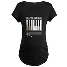 She Wants the D Piano Music Maternity T-Shirt