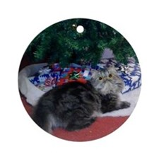 Christmas Persian Kitty Ornament (Round)