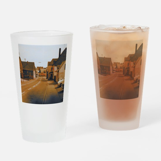 Dolly Bar Drinking Glass