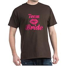 Team Bride kiss T-Shirt