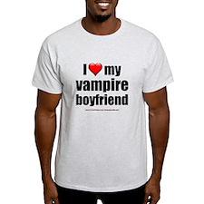 """""""Love My Vampire Boyfriend"""" T-Shirt"""