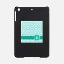 Letter E turquoise quatrefoil monogram iPad Mini C