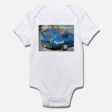 """""""Road Runner Superbird"""" Infant Bodysuit"""