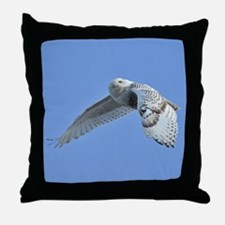 Snowy flying Throw Pillow