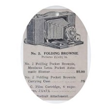 Eastman's Celebrated No. 2 Folding B Oval Ornament