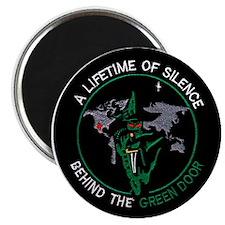 Green Door Outfit Magnet