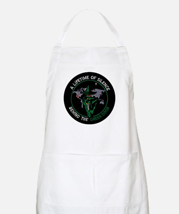 Green Door Outfit Apron
