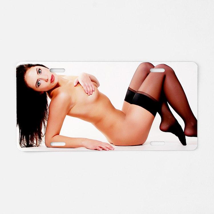 Nude Plate 39