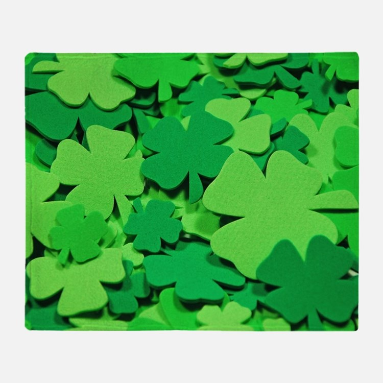 Lucky green clovers Throw Blanket