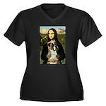 Mona & Boxer Women's Plus Size V-Neck Dark T-Shirt