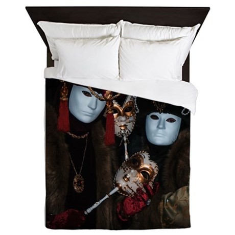 Portrait of Nobles Queen Duvet