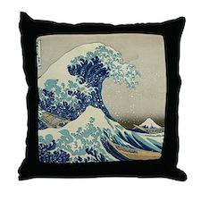 Great Wave off Kanagawa, Japanese art Throw Pillow