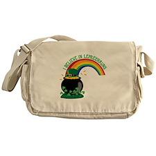 I BELIEVE IN LEPRECHAUNS Messenger Bag