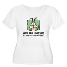 Pee on everything! T-Shirt