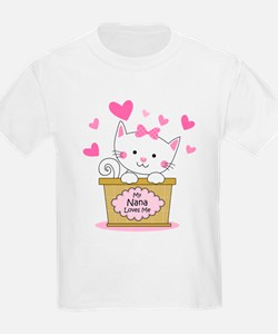 Kitty Nana Loves Me T-Shirt