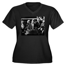 John F. Kennedy Women's Plus Size V-Neck Dark T-Sh