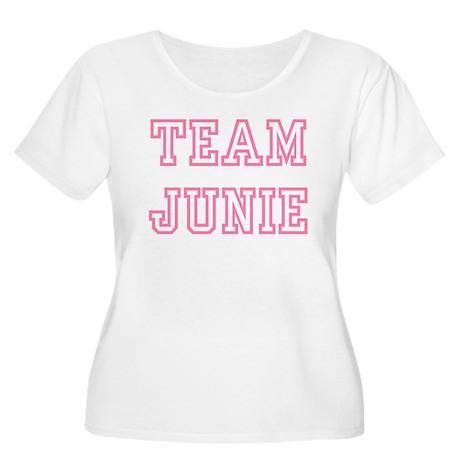 Team JUNIE Women's Plus Size Scoop Neck T-Shirt
