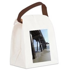 clam in bw Canvas Lunch Bag