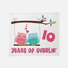 10th Anniversary Owl Couple Throw Blanket