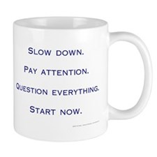 slowdown-ts Mugs