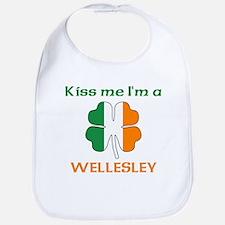 Wellesley Family Bib