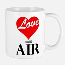 Love is in the air Mugs