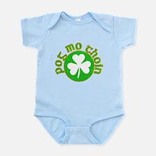 Pog Mo Thoin Circle Infant Bodysuit