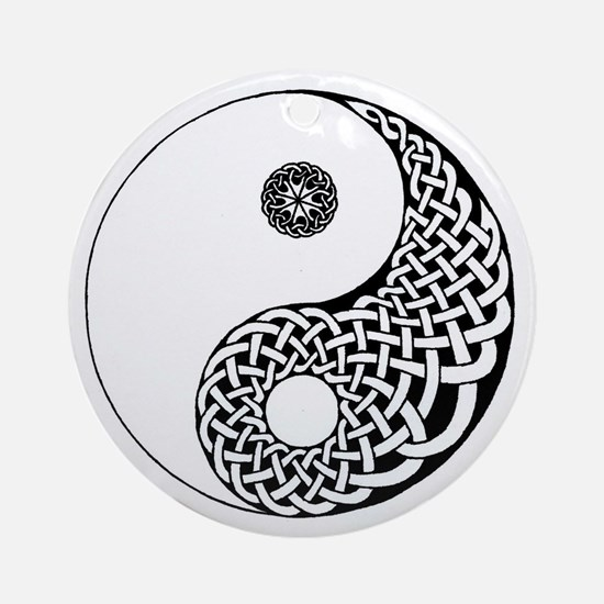 Celtic Yin & Yang Ornament (Round)