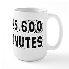 525,600 Minutes (light) Mugs