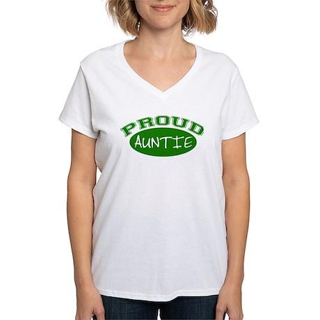 Proud Auntie (Green) Women's V-Neck T-Shirt