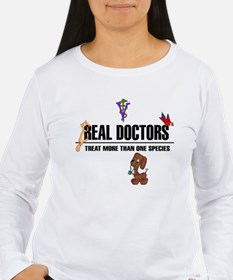 real doctors black text Long Sleeve T-Shirt
