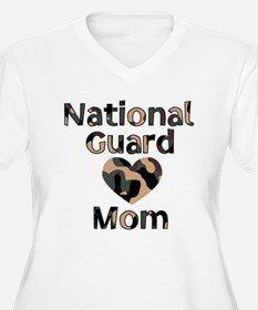 National Guard Mom Heart Camo T-Shirt