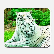 Love peace and joy White tigers stukenbr Mousepad