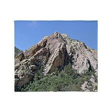 Mountains Summit Throw Blanket