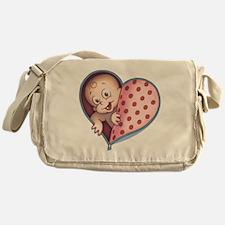 zip-heart-womb-pnkLTT Messenger Bag