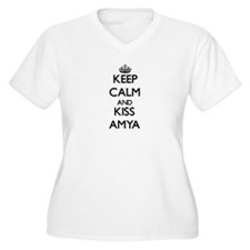 Keep Calm and kiss Amya Plus Size T-Shirt