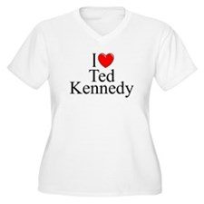 """""""I Love (Heart) Ted Kennedy"""" T-Shirt"""